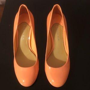 Gianni Bini 2 inch heels in coral